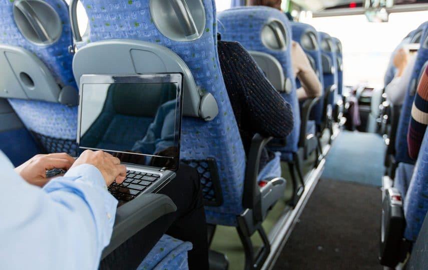 Quels sont les matériels informatiques requis pour travailler dans le train?